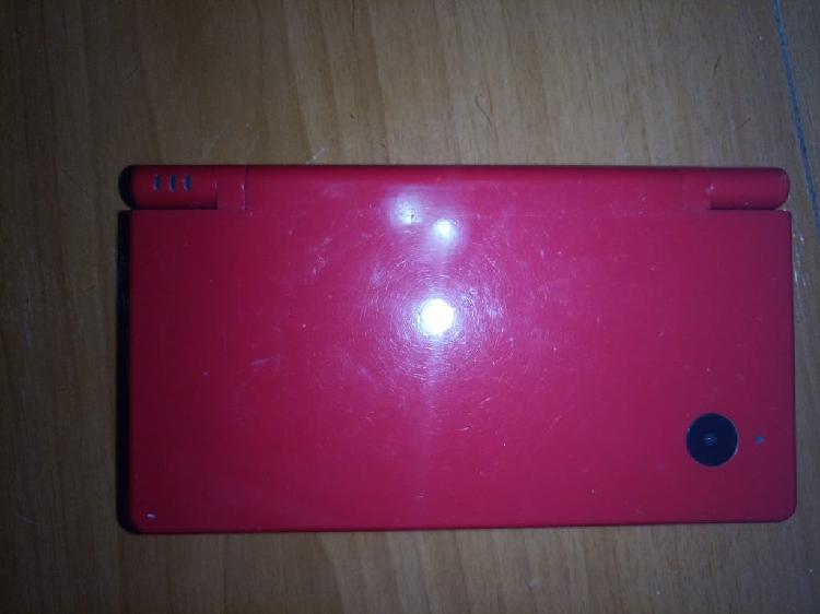 Nintendo dsi roja + 3 juegos