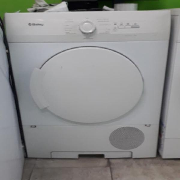 Secadora condensación 7kg