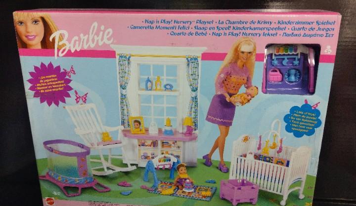 Cuarto de juegos de barbie de mattel 2001