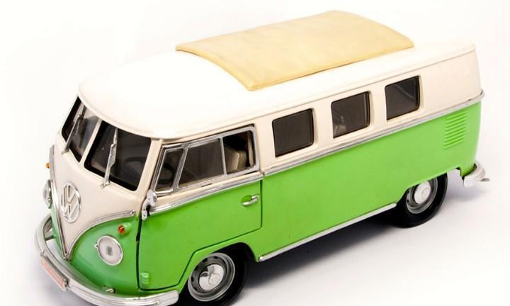 Volkswagen t1 microbus 1962 escala 1/18 de lucky die cast