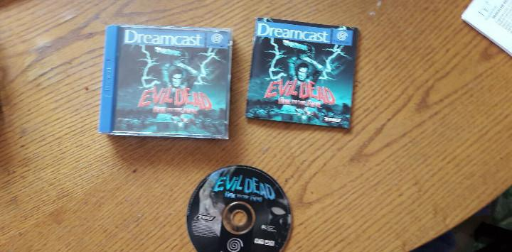Juego sega dreamcast evil dead hail to the king