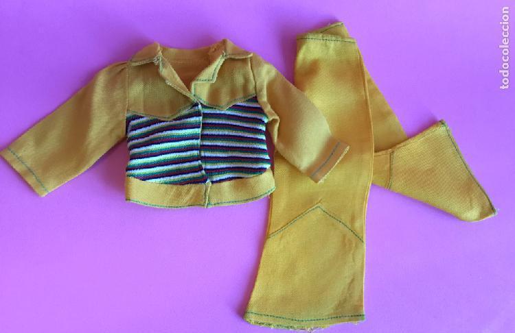 Conjunto deportivo amarillo de nancy años 70