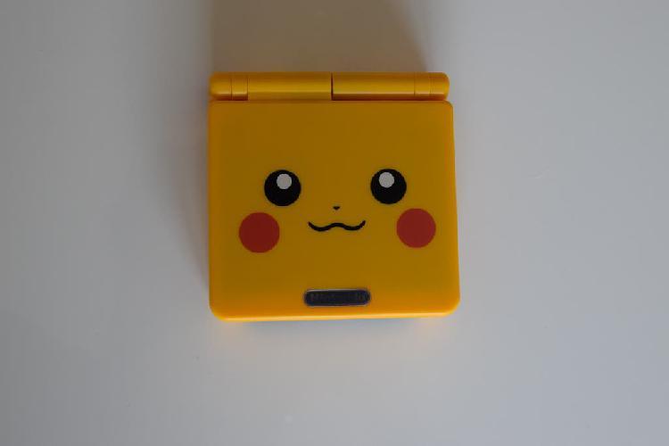 Game boy advance sp edición pikachu (ags-001)