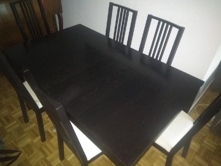 Mesa comedor madera oscura+ seis sillas