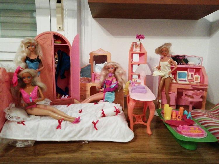 Muebles de casa de muñeca barbie
