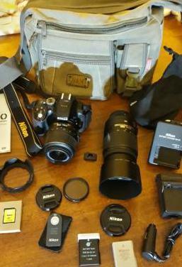 Nikon d 5300 ob. 18/55vr ob.55/300vr