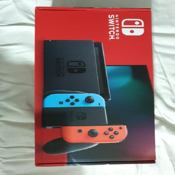 Nintendo switch azul/rojo neón nueva - a estrenar