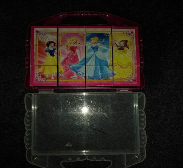 Puzzle princesas disney. + 3 años.