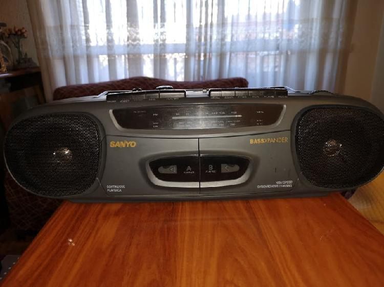 Radio cassette doble pletina sanyo