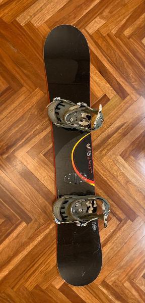 Tabla de snowboard + fijaciones burton custom