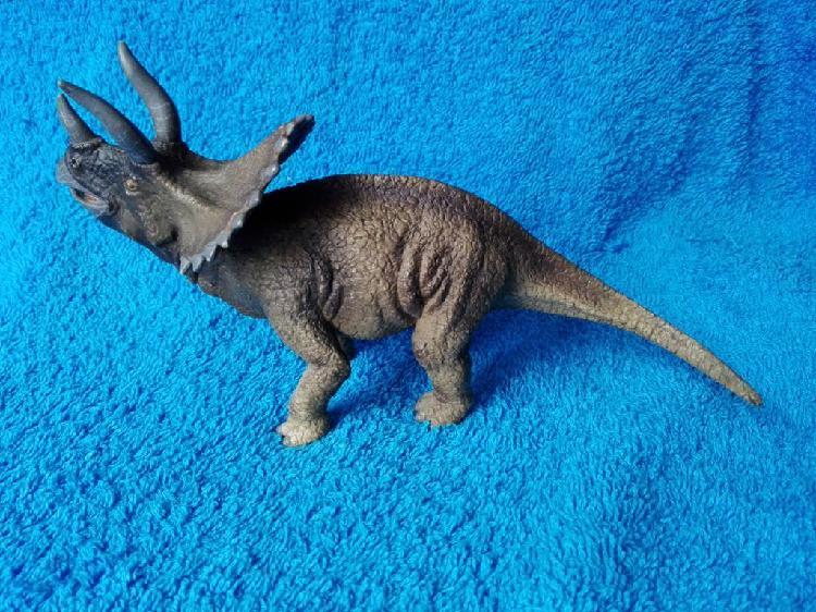 Triceratops schleich
