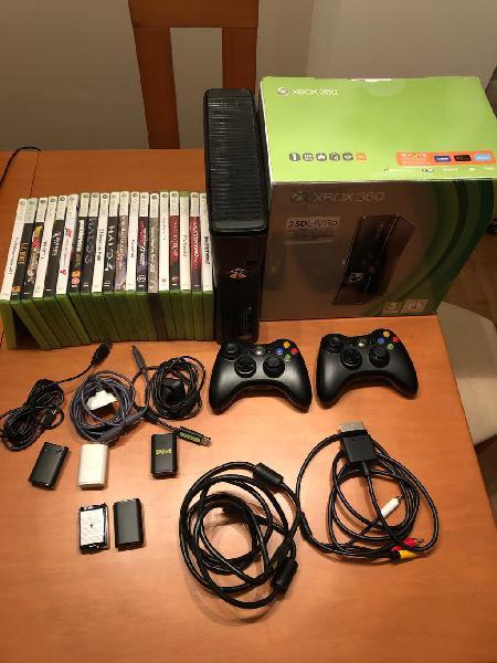 Xbox 360 + 19 juegos + 2 mandos originales