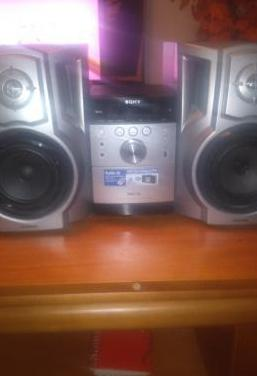 Cadena música sony con cd y mp 3