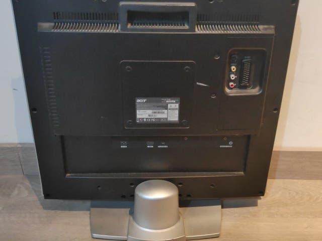 Monitor / televisor 20 pulgadas