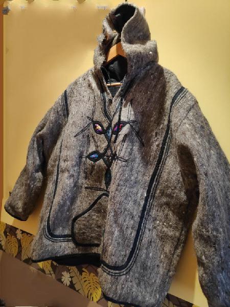 Abrigo tipo canguro