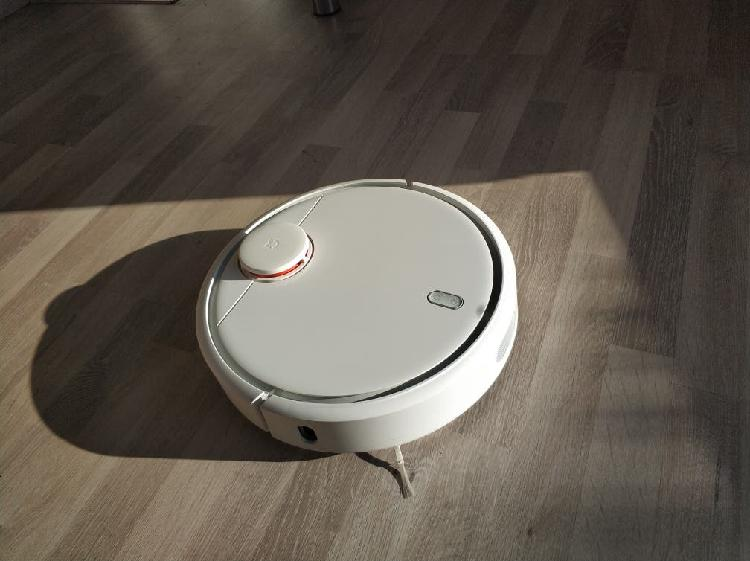 Robot aspirador xiaomi v1