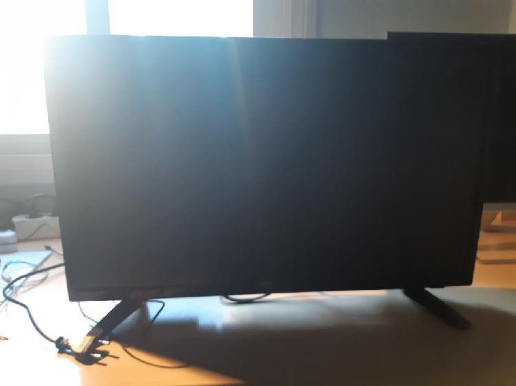 Vendo television td system seminueva