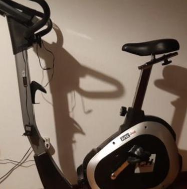 Bicicleta estática artic dual bh fitness