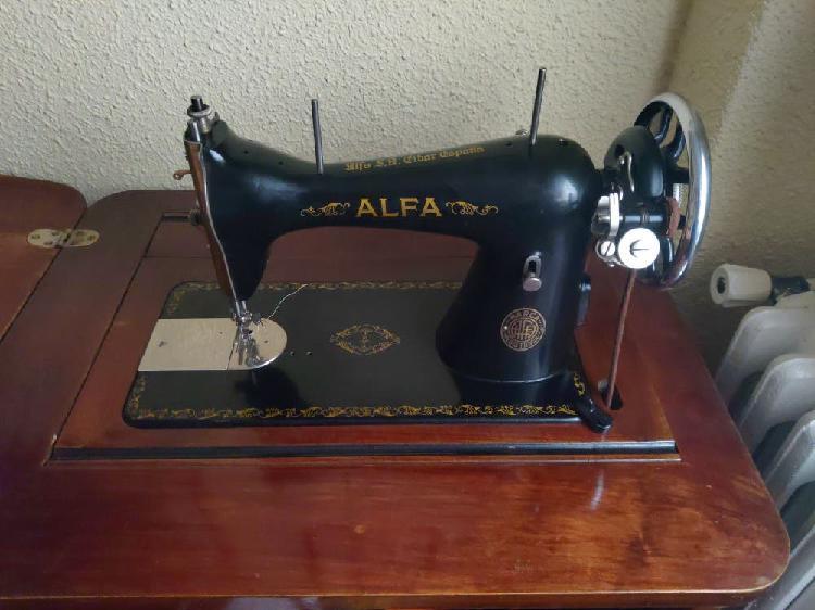 Maquina coser alfa (años 40)