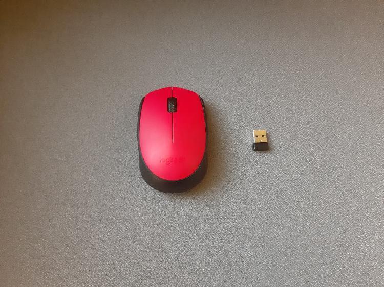 Ratón rojo inalámbrico