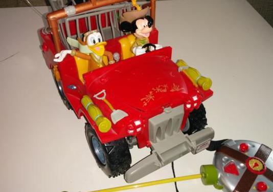 Coche teledirigido mickey mouse