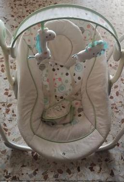 Columpio / hamaquita automatico para bebe