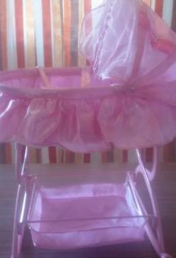 Cuna balancin rosa para muñeca 671292475