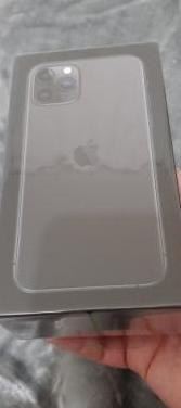 Iphone 11 pro 64g cerrado sin uso factura