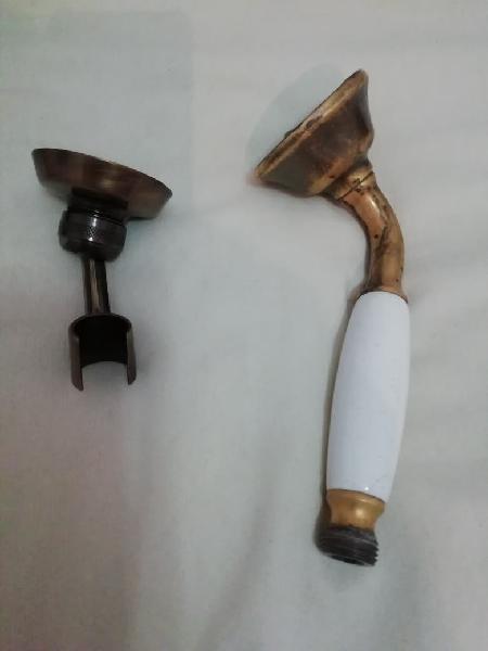 Alcachofa de ducha y soporte, bronce.