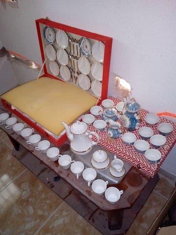 Ganga!!! 2 juegos de té porcelana antigua 210€