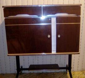 Mueble bar auxiliar formica años 50