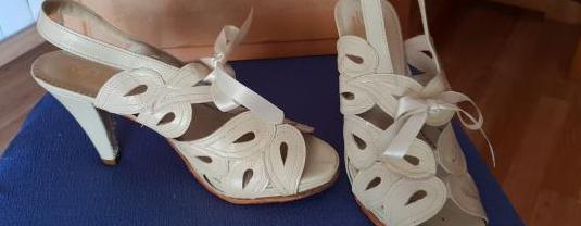 Zapatos nuevos piel-verano-tacón nº 38