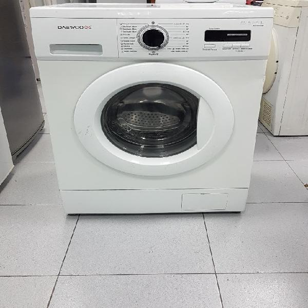 lavadora marca Daewoo 8kg A+A