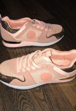 Zapatillas louis vuitton rosas nuevas 37,38,39
