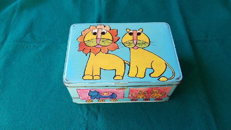 Caja metal cola-cao animales - decoracion infantil