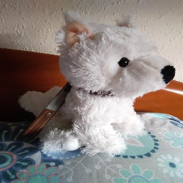 Peluche perro blanco con correa. 24cm.