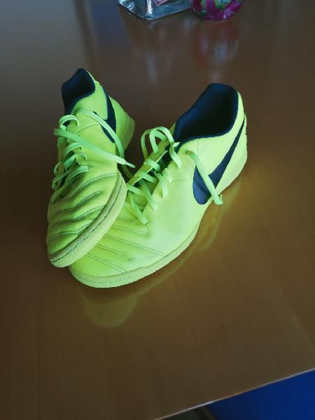 Zapatos fútbol sala nike tempo | talla 45