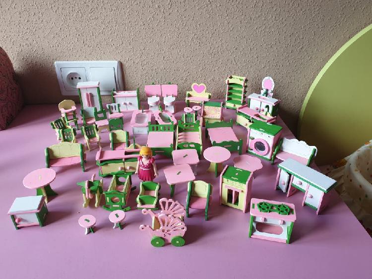 Muebles casa de muñecas envio wallapop gratis