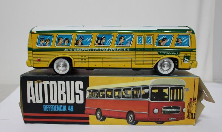 Autobús pegaso de rico ref. 49 con caja. funciona