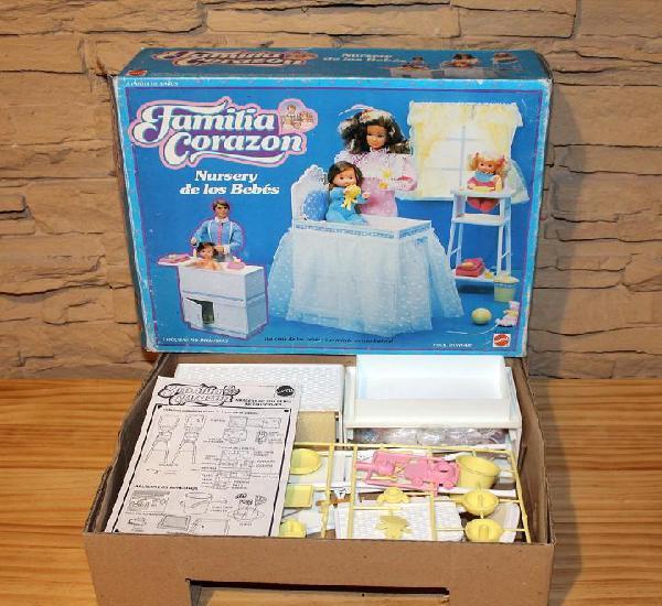 Familia corazon barbie - nurseria - nueva y en caja. nursery