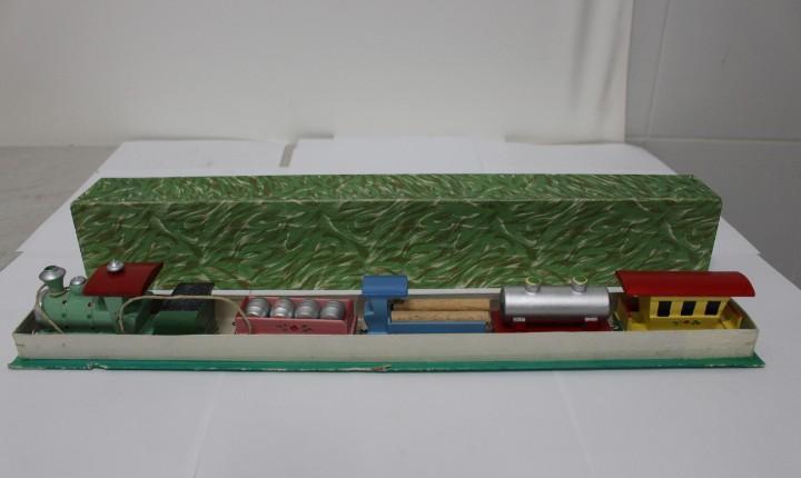 Magnifico tren de madera de goula ref. 41. modelo tren