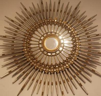 Wonderful stylish antique gold mirror - unique pie