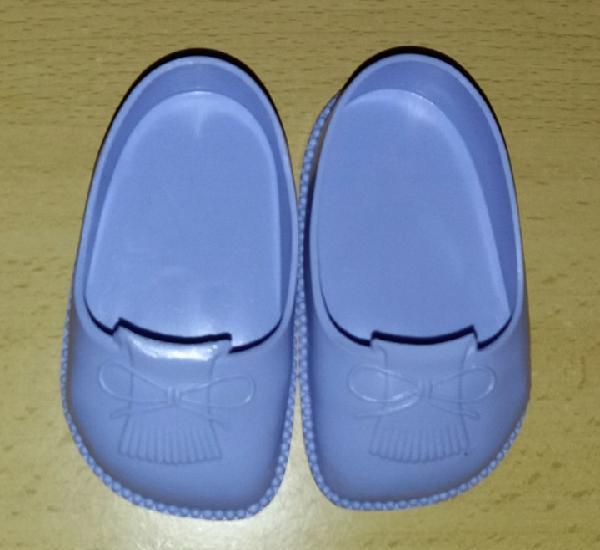 Zapatos de goma originales de famosa validos para muñeca
