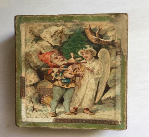 Antiguo puzzle de cubos hexagonal