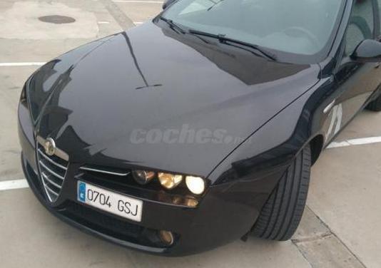Alfa romeo 159 1.9 jtdm 16v 6m 150cv elegante 4p.