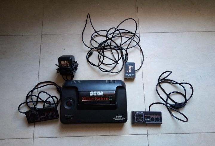 Consola sega master system ii. 2 mandos y transformador. no