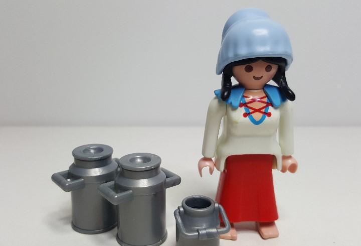 Mujer granjera playmobil lechera granja doncella