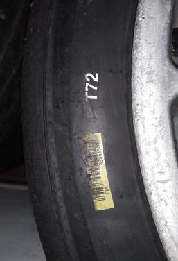 Neumáticos usados hankook 210/650 r18 t72