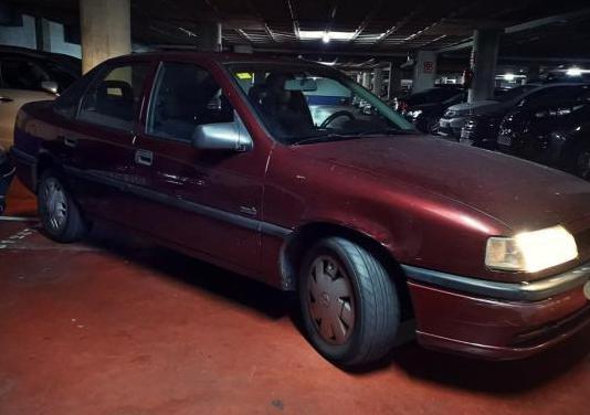 Opel vectra 2.0i merit