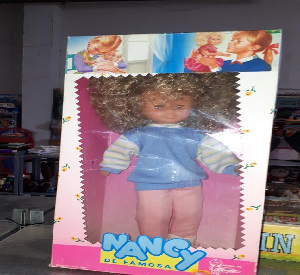 Preciosa nancy años 80 pelo afro rizado ref. 86990 ninca